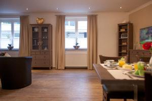 Steinberg-Appartement Wohn 2